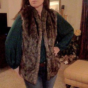 NEW LIST! Faux Fur vest